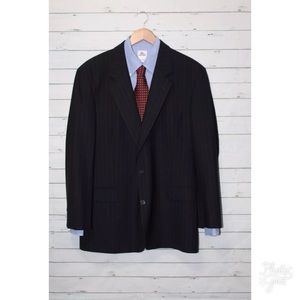 BROOKS BROTHERS Bookease Pinstriped Blazer